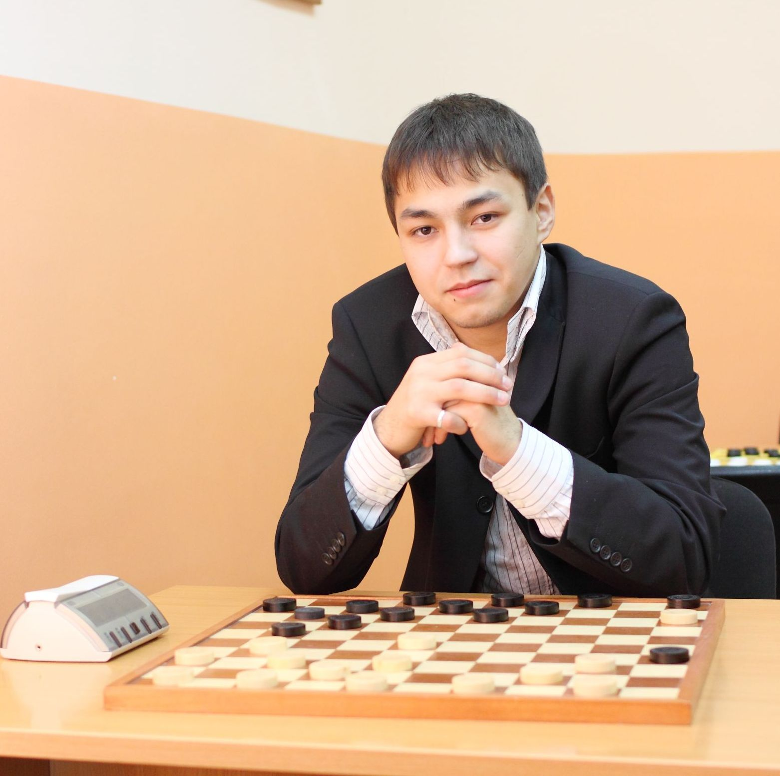 Айнур Шайбаков