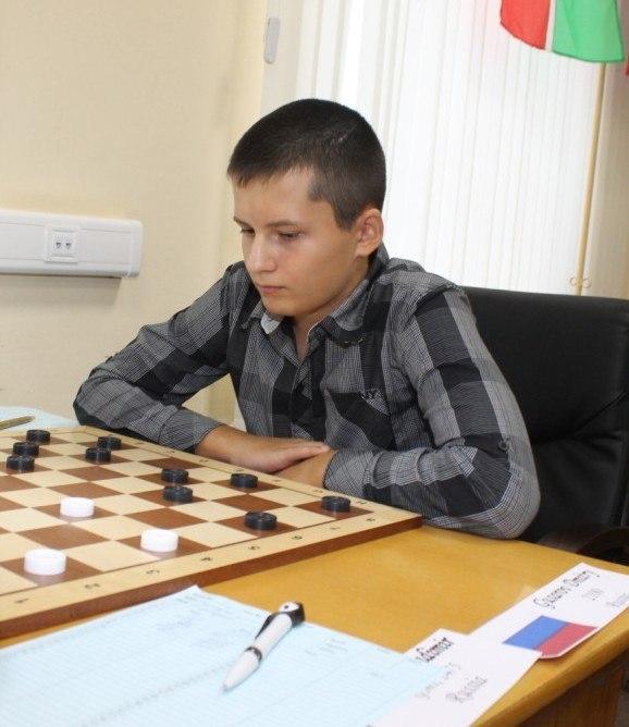Дмитрий Гусаров